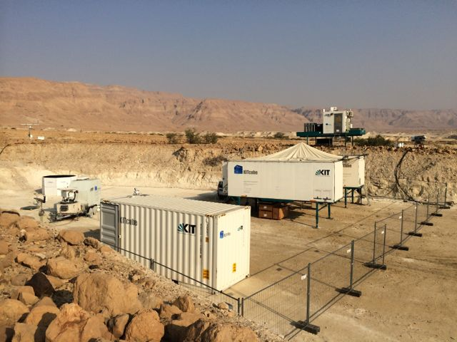 Installation von KITcube in Masada/Israel